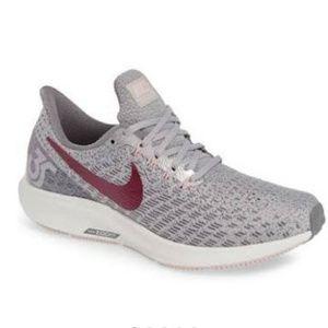 Women's Nike Air Zoom Pegasus 35 Running Shoe